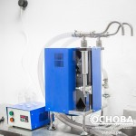 Дозатор УД-2 разливает жидкость для электронных сигарет